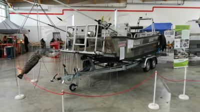New booming boat for fish-friendly research